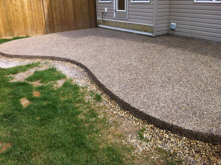 Charmant Exposed Concrete Patio